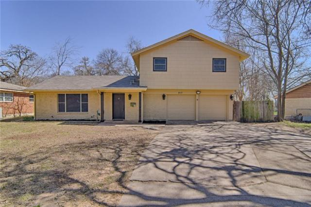 917 Oakwood Drive, Euless, TX 76040 (MLS #13743774) :: Team Hodnett