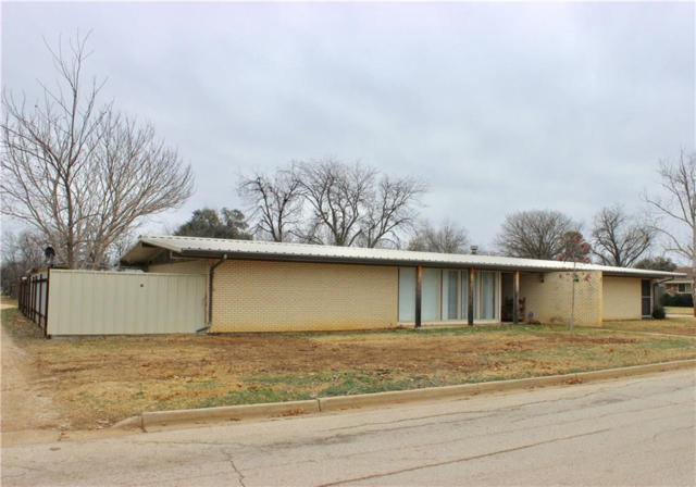 500 Mistletoe Street, Breckenridge, TX 76424 (MLS #13750679) :: Team Hodnett