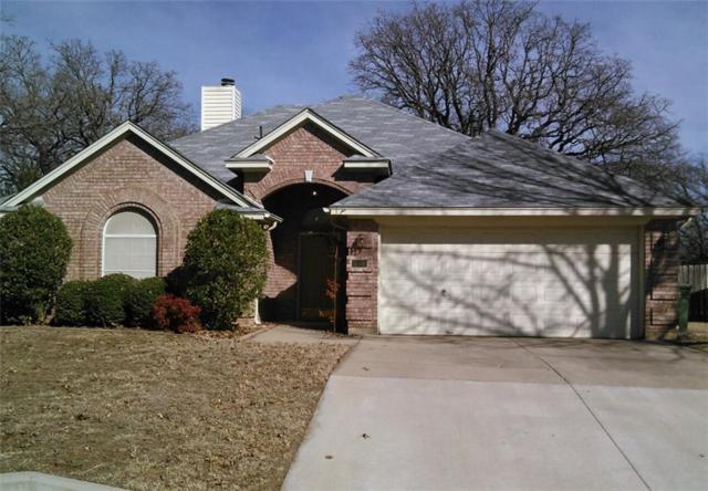452 Arwine Drive, Hurst, TX 76053 (MLS #13753908) :: The Chad Smith Team