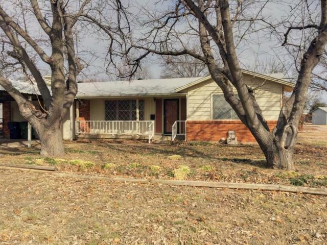 1301 Morado Street, Graham, TX 76450 (MLS #13754349) :: RE/MAX Town & Country