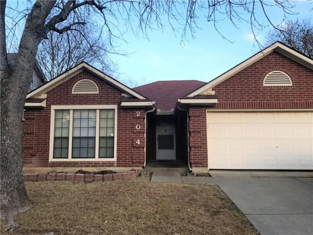 204 Wolfe Street, Cedar Hill, TX 75104 (MLS #13754723) :: Pinnacle Realty Team