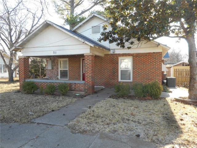 711 Jefferson Street, Bowie, TX 76230 (MLS #13757850) :: Team Hodnett