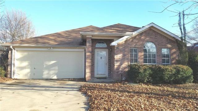 7703 Redmont Drive, Arlington, TX 76001 (MLS #13758104) :: The Chad Smith Team