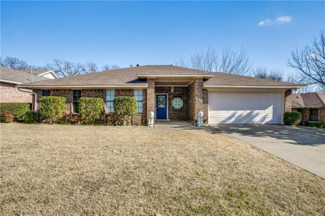 310 Post Oak Drive, Grand Prairie, TX 75050 (MLS #13758679) :: Robinson Clay