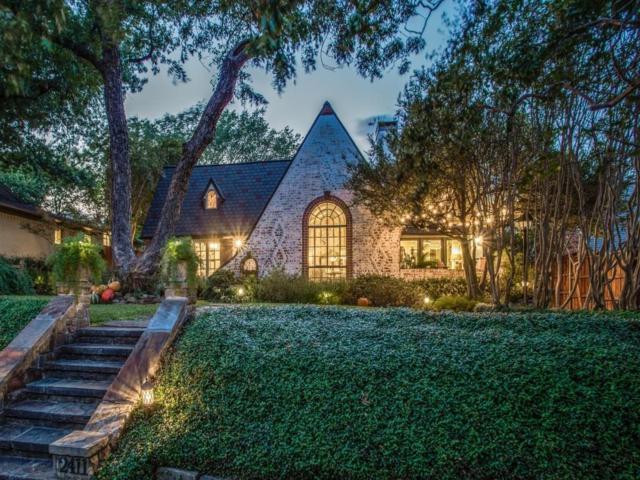 2411 Auburn Avenue, Dallas, TX 75214 (MLS #13758702) :: Robbins Real Estate Group