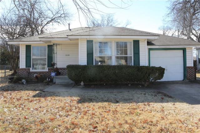 1018 Ryan Avenue, Carrollton, TX 75006 (MLS #13759378) :: Robinson Clay