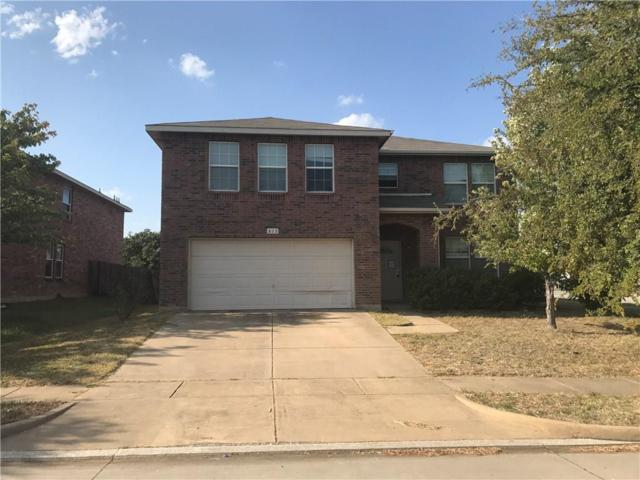 815 Moss Glen Trail, Arlington, TX 76002 (MLS #13759741) :: The Holman Group