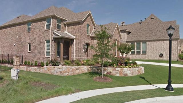 301 Hitch Wagon Drive, Mckinney, TX 75071 (MLS #13759810) :: RE/MAX Town & Country
