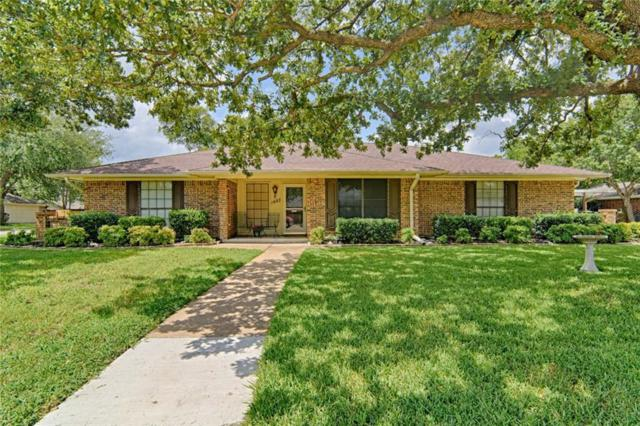 1407 Clover Hill Road, Mansfield, TX 76063 (MLS #13764915) :: The Marriott Group