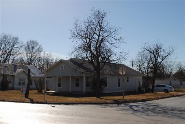 800 Indiana Street, Graham, TX 76450 (MLS #13769000) :: Team Hodnett