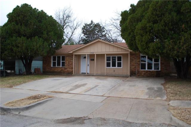 1702 Proctor Drive, Grand Prairie, TX 75051 (MLS #13770649) :: Team Hodnett
