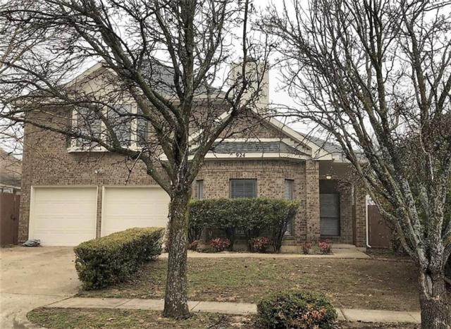 924 Simon Drive, Cedar Hill, TX 75104 (MLS #13770906) :: Kimberly Davis & Associates