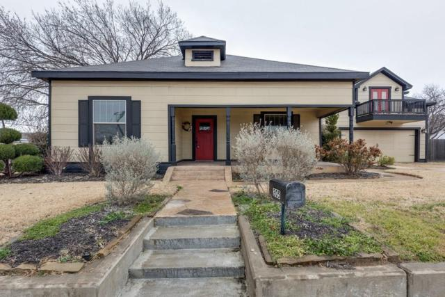 205 S Dooley Street, Grapevine, TX 76051 (MLS #13772795) :: Kindle Realty