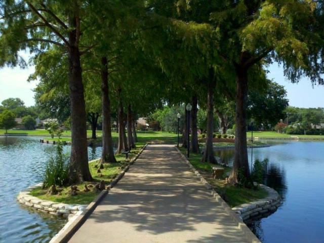 2984 Buttonwood Drive, Carrollton, TX 75006 (MLS #13774557) :: Kimberly Davis & Associates