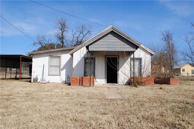 807 E Central Avenue, Comanche, TX 76442 (MLS #13775442) :: Frankie Arthur Real Estate