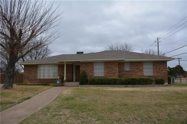 900 Vince Lane, Desoto, TX 75115 (MLS #13777574) :: Kimberly Davis & Associates