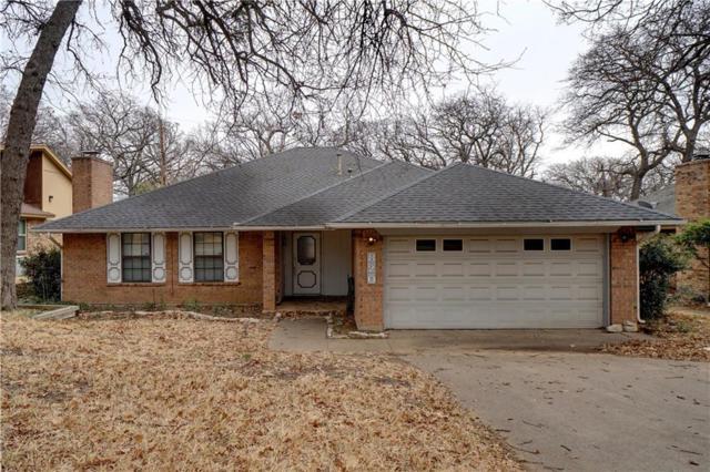 820 Lake Forest Court, Grapevine, TX 76051 (MLS #13777751) :: Frankie Arthur Real Estate