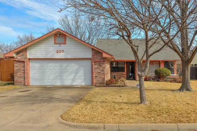 207 Colony Drive, Arlington, TX 76002 (MLS #13778230) :: Magnolia Realty
