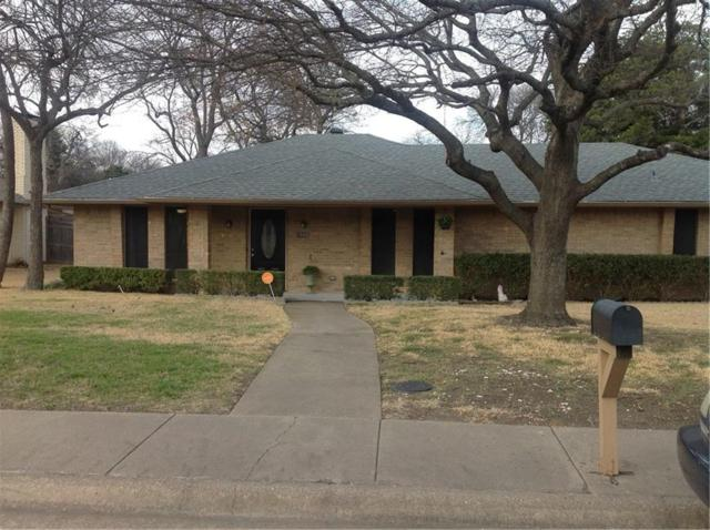 1505 Sharon Drive, Cedar Hill, TX 75104 (MLS #13778358) :: Kimberly Davis & Associates