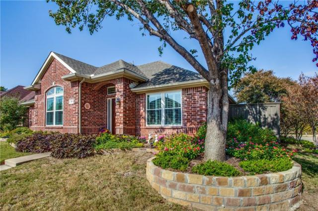 865 Summit Pointe, Lewisville, TX 75077 (MLS #13778522) :: The Rhodes Team