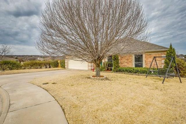 608 Crestmont Court, Burleson, TX 76028 (MLS #13779020) :: Potts Realty Group