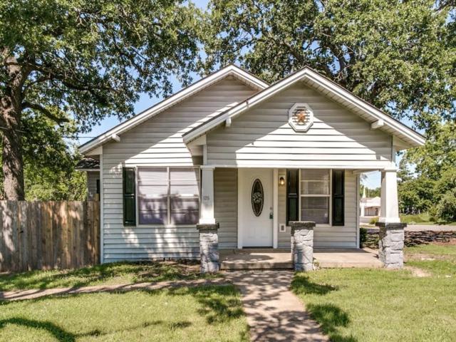 1215 N Elm Street, Weatherford, TX 76086 (MLS #13781415) :: Team Hodnett