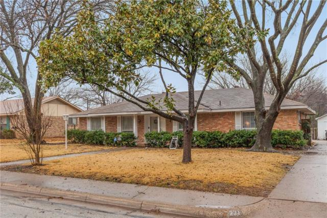 221 Meadowcreek Drive, Desoto, TX 75115 (MLS #13782252) :: RE/MAX Preferred Associates