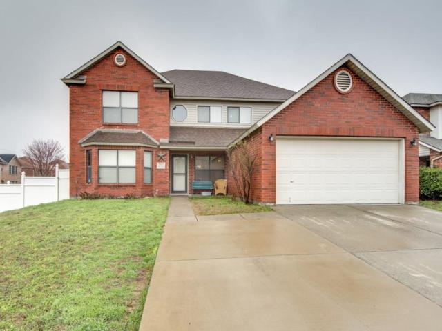 7212 Port Phillip Drive, Arlington, TX 76002 (MLS #13782261) :: The FIRE Group at Keller Williams