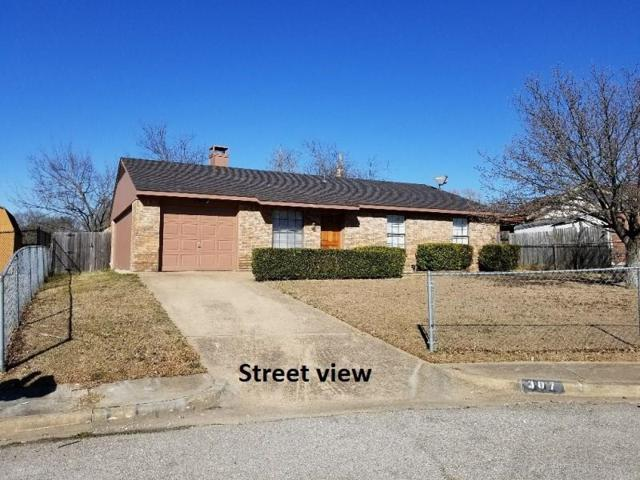 307 Gemini Drive, Cedar Hill, TX 75104 (MLS #13784003) :: Team Hodnett