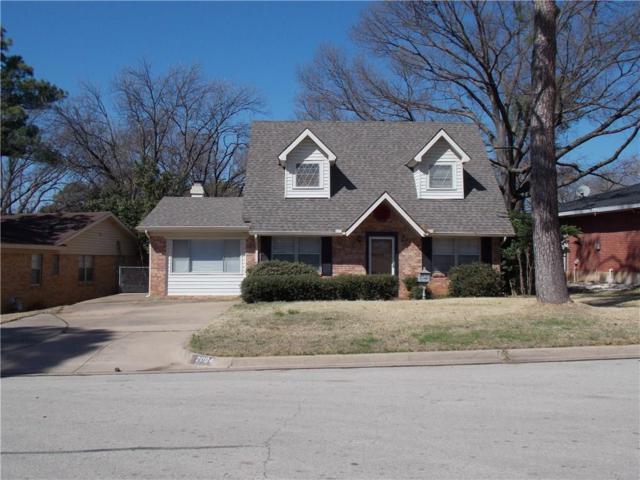 2004 Valley Lane, Arlington, TX 76013 (MLS #13786217) :: Team Hodnett