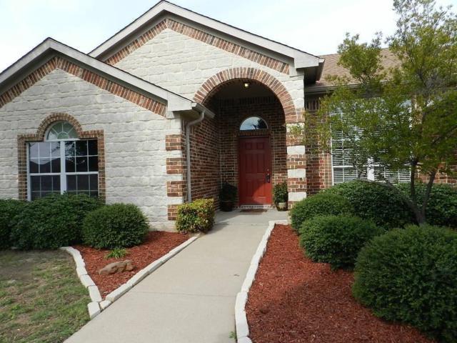 532 Bretts Way, Burleson, TX 76028 (MLS #13787736) :: Team Hodnett