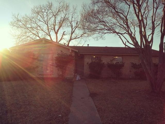2925 Lambert Drive, Mesquite, TX 75150 (MLS #13788632) :: Kindle Realty