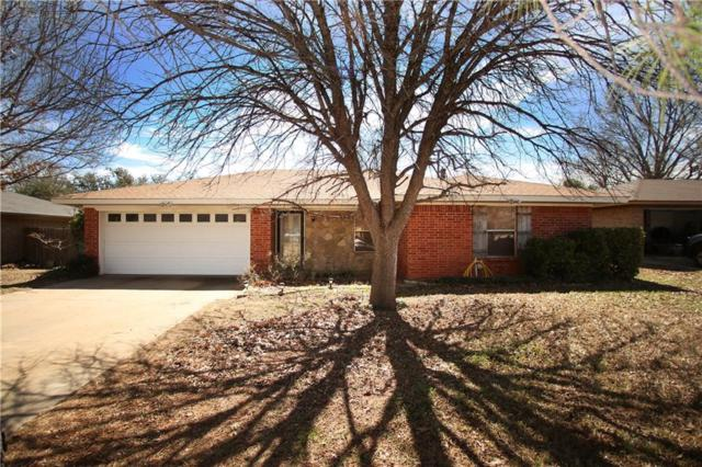 1315 Fairway Drive, Graham, TX 76450 (MLS #13789021) :: Team Hodnett