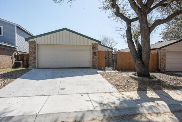 2219 Bunker Hill Drive, Carrollton, TX 75006 (MLS #13794151) :: RE/MAX Town & Country
