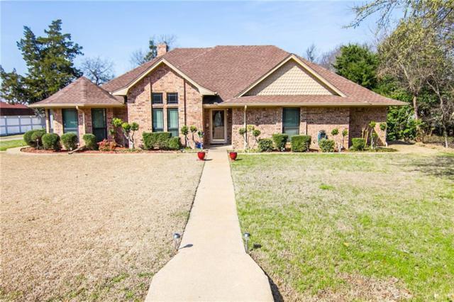 300 Victorian Drive, Waxahachie, TX 75165 (MLS #13794957) :: Century 21 Judge Fite Company