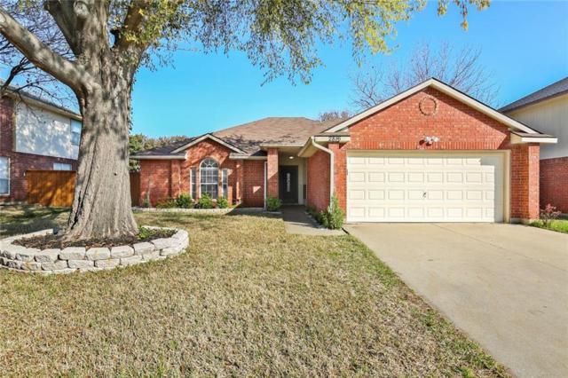 2816 Timber Court, Grand Prairie, TX 75052 (MLS #13795246) :: RE/MAX Pinnacle Group REALTORS