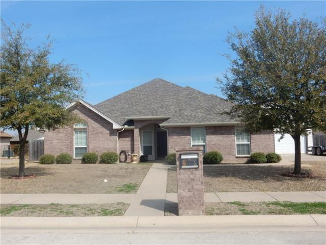 606 Oak Street, Pilot Point, TX 76258 (MLS #13796398) :: NewHomePrograms.com LLC