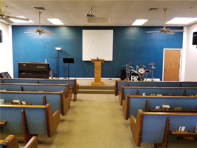 1038 E Wintergreen Road, Cedar Hill, TX 75104 (MLS #13796974) :: Pinnacle Realty Team