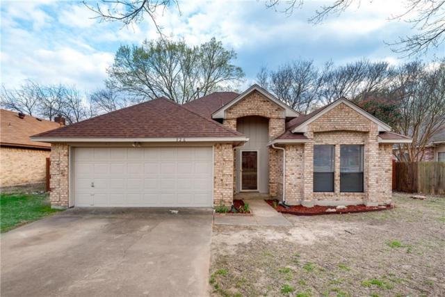 326 Oak Meadow Lane, Cedar Hill, TX 75104 (MLS #13797358) :: Pinnacle Realty Team