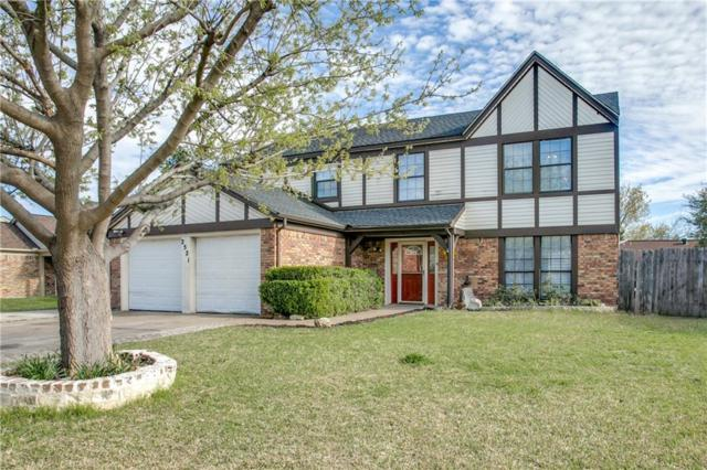 2521 Bentley Drive, Grand Prairie, TX 75052 (MLS #13799327) :: The Holman Group