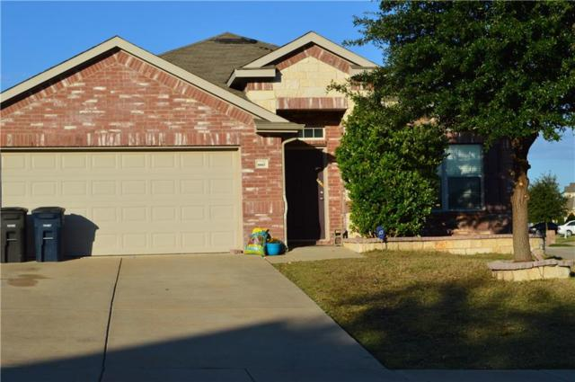 3917 Yarberry Court, Fort Worth, TX 76262 (MLS #13800016) :: NewHomePrograms.com LLC