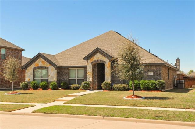 3043 Carlton Pkwy, Waxahachie, TX 75165 (MLS #13800734) :: Century 21 Judge Fite Company