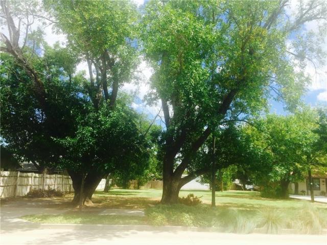 408 N Oak Street, Roanoke, TX 76262 (MLS #13812539) :: Team Tiller