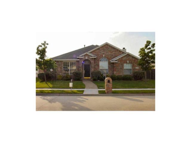 2208 Peachtree Lane, Lewisville, TX 75067 (MLS #13815310) :: Kimberly Davis & Associates