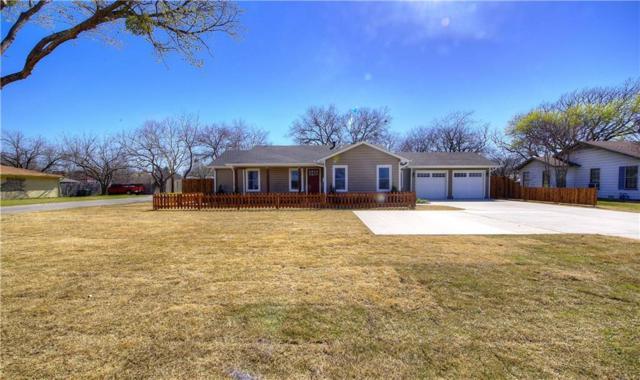 854 E Wall Street, Grapevine, TX 76051 (MLS #13818151) :: Frankie Arthur Real Estate