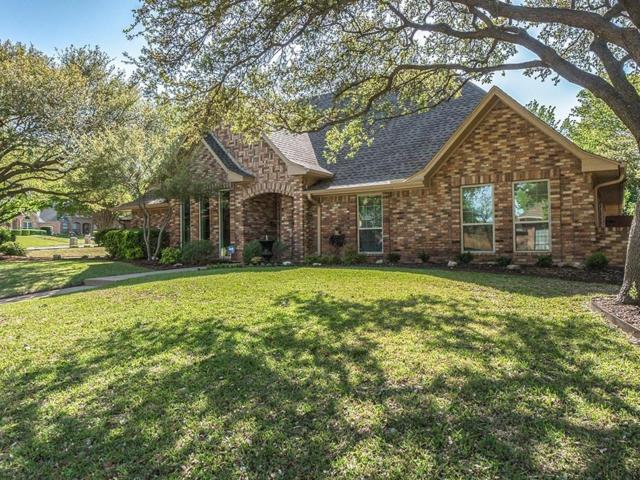 5 Edgemere Drive, Trophy Club, TX 76262 (MLS #13819759) :: Exalt Realty
