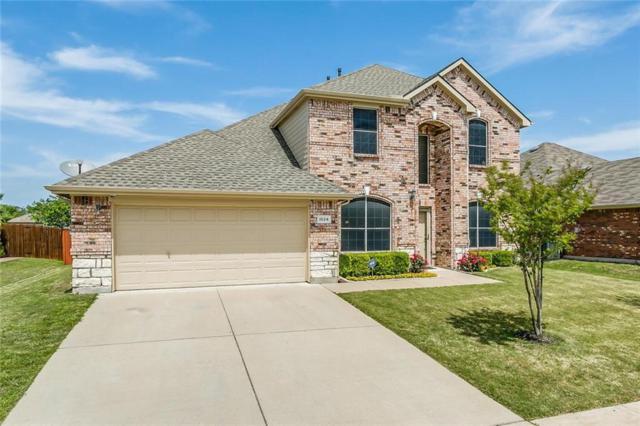 1024 Fair Oaks Drive, Grand Prairie, TX 75052 (MLS #13820885) :: The FIRE Group at Keller Williams