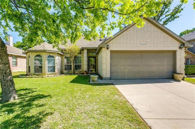 521 Oakbrook Drive, Burleson, TX 76028 (MLS #13820891) :: The FIRE Group at Keller Williams
