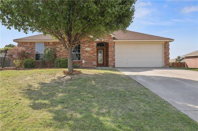 10405 January Circle, Benbrook, TX 76126 (MLS #13821406) :: RE/MAX Landmark