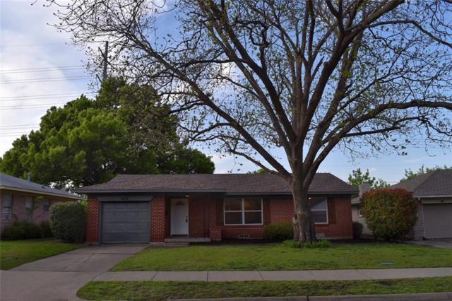 828 Inwood Drive, Mckinney, TX 75069 (MLS #13821435) :: Exalt Realty